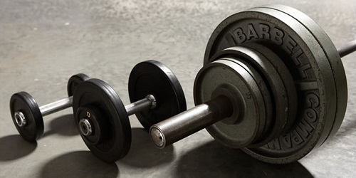 筋肉の成長を引き出すテクニック「ドロップセット」