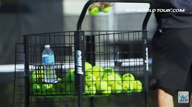 テニス選手のオフトレーニング 錦織圭選手の場合 IMGアカデミーのボールカゴはプリンス?
