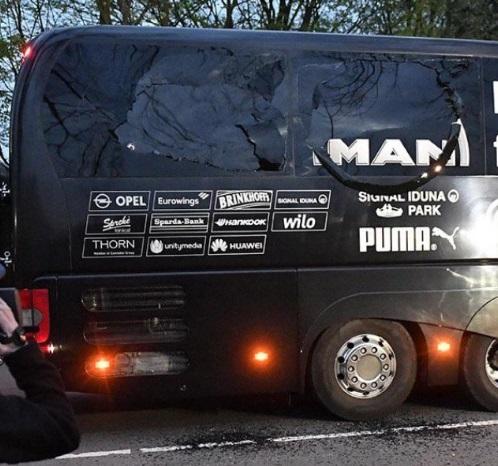 爆発に巻き込まれたドルトムントのチームバスの被害03