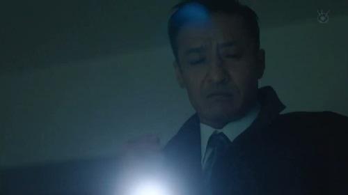 第2話 CRISIS クライシス 公安機動捜査隊特捜班 部屋を物色する