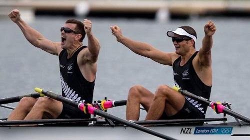 エミレーツ・チームニュージーランド 足こぎ方式ヨットのサイクラー ジョセフ・サリバン