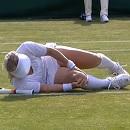 ウィンブルドン選手権 ベサニー・マテック=サンズの負傷の映像