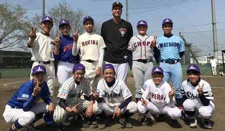 NHK「奇跡のレッスン 野球 ピッチャー編」にランディ・ジョンソンが登場。子どもたちにどんなアドバイスを送ったのか?