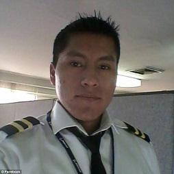 コロンビアの飛行機事故の乗務員 奇跡の生還 Erwin Tumiri