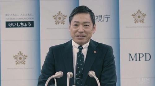 日曜劇場「小さな巨人」 会見場の小野田義信(香川照之)01