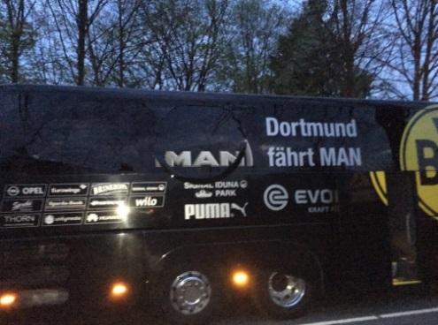 爆発に巻き込まれたドルトムントのチームバスの被害