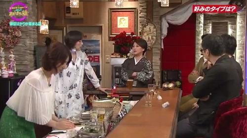4月12日 天海祐希・石田ゆり子のスナックあけぼの橋 ちくわを両手で