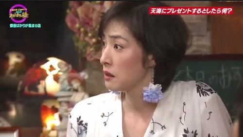 4月12日 天海祐希・石田ゆり子のスナックあけぼの橋 天海祐希の表情