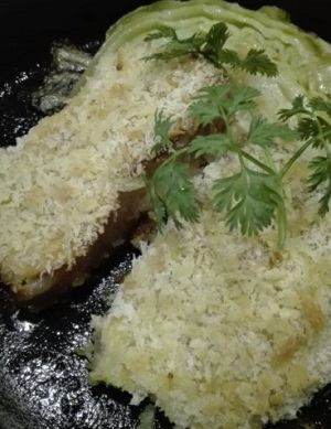 塩漬け豚バラと早春キャベツのパン粉焼き 魚バカ一代 神楽坂店 アップ画像