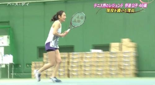 5月14日 TBS「バース・デイ」テニス界のレジェンド伊達公子46歳 現役を続ける理由 2017年1月本格復帰に向けて実戦的な練習を行う