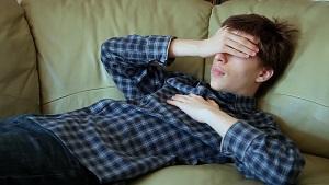 若くして男性ホルモンのテストステロンの分泌量が低いのは病気が原因かも 体の不調