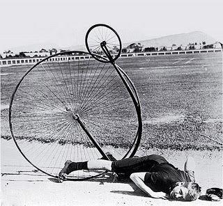 ペニーファージング自転車で転倒