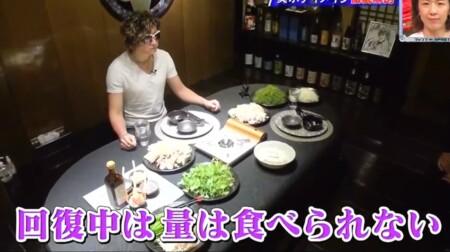 GACKTの食事風景。ファスティング明けに野菜鍋&MCTオイル