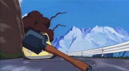 ルパン三世 カリオストロの城 ルパンの車フィアットに向けて投げられるM24型柄付手榴弾