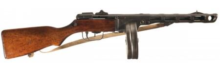 ルパン三世 カリオストロの城 時計塔シーンの水兵たちの銃はPPSh-41