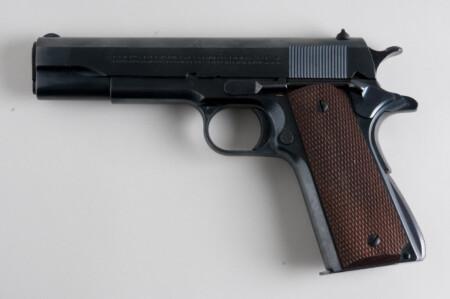 ルパン三世 カリオストロの城 銭形警部の劇中未登場の銃はコルトガバメント M1911A1
