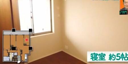 EXIT 兼近の家の引っ越し先家賃がすごい!自宅をテレビ初公開 端のベッドルーム5帖