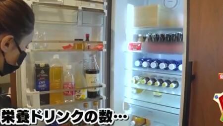 ダレノガレ明美のジムトレーニングやお風呂・自宅ルーティンを公開。冷蔵庫はオロナミンCだらけ