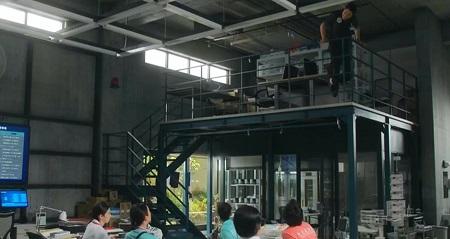 TOKYO MER 喜多見チーフ(鈴木亮平)の筋肉&筋トレシーンまとめ 第3話 ディップス