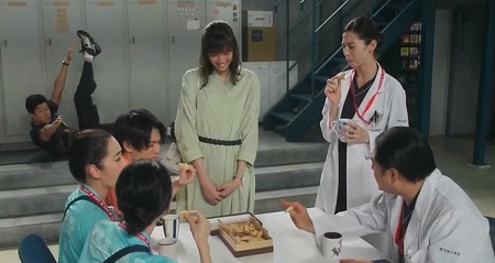TOKYO MER 喜多見チーフ(鈴木亮平)の筋肉&筋トレシーンまとめ 第8話 スター・トゥー・タッチで目線