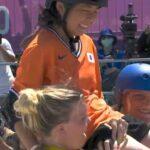 ミヤネ屋 スケートボード女子パーク岡本碧優はなぜライバルたちに讃えられた?担ぎ上げられて笑顔