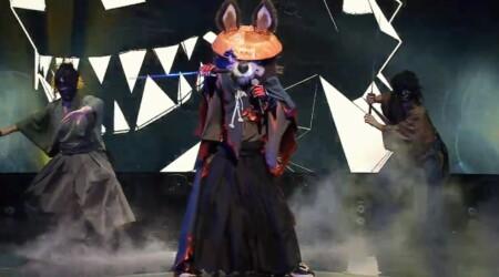 マスクドシンガー日本版 出演者や歌唱曲などのネタバレ。あのコスプレの正体は誰?EP02 ウルフ