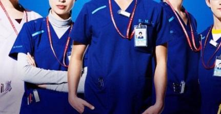 医療ドラマで首元にクリップしている長方形タグ(名札)の正体や名前は?コードブルー メインキャスト集合
